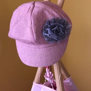 Other - 💕Super cute pink hat with flower detail! NWOT!